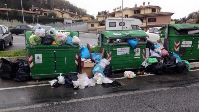 """Roma - Gestione rifiuti, Legambiente: """"Contro la richiesta dei sindacati di rallentare sul porta a porta."""""""