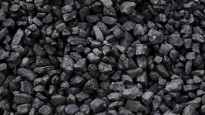 """Clima. Descalzi (Eni): """"Il carbone bruciato in Ue è il più caro del mondo"""""""