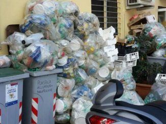 Fiumicino - Richiesta dal M5S la commisione ambiente sulla raccolta differenziata per gli esercizi commerciali