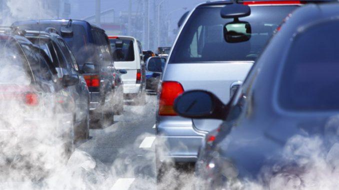Smog, Oms: l'80% dei cittadini respira aria fuori dai limiti