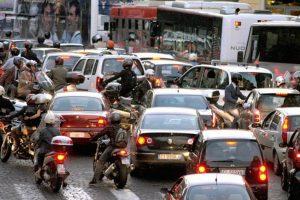 Blocco traffico Roma, stop ai veicoli più inquinanti nella fascia verde