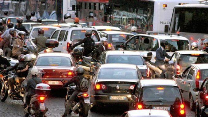 Campidoglio, domani limitazione alla circolazione per i veicoli più inquinanti