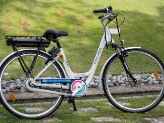 A Singapore parte la prima campagna di bici elettriche in bike sharing