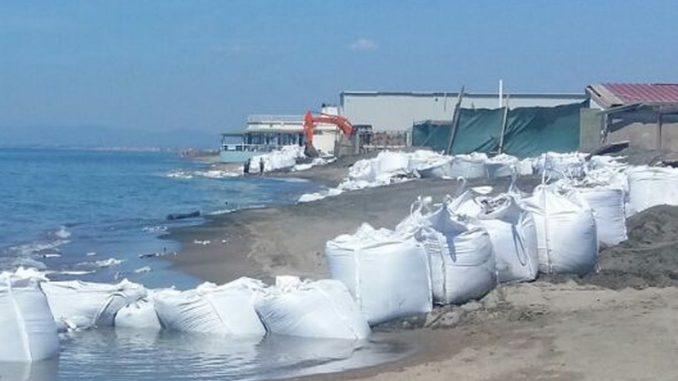 Erosione costiera devastante nelle spiagge del Lazio
