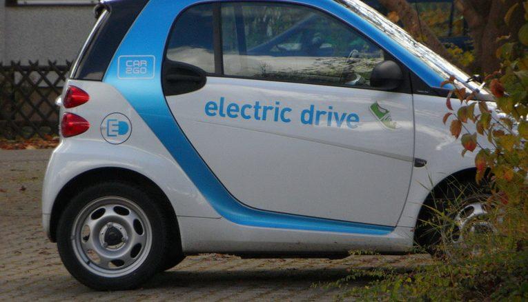 Al via la Formula E ma a Roma solo 158 punti di ricarica per auto elettriche
