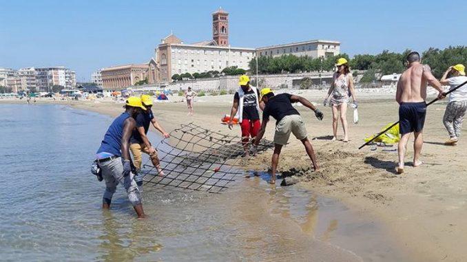 Spiagge e fondali puliti 2018 sulle coste del Lazio: tonnellate di rifiuti raccolti