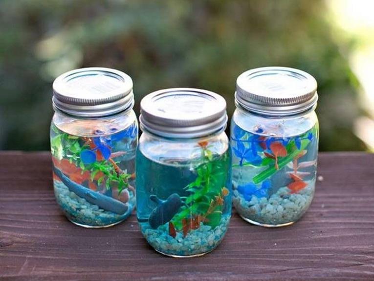 Riciclo creativo con i barattoli di vetro: cosa possiamo creare
