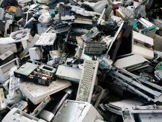 RAEE, come riconoscere questo tipo di rifiuti: ecco dieci buoni consigli