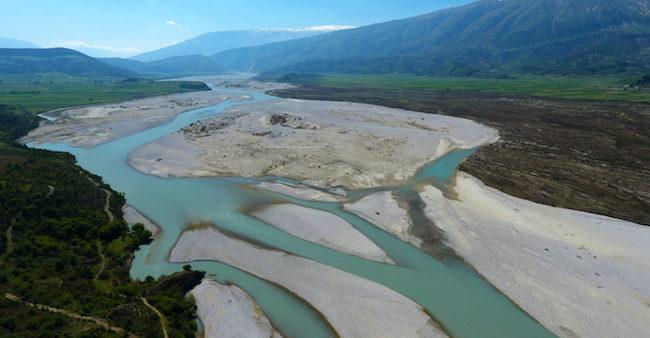 Antibiotici nei fiumi, livelli da emergenza