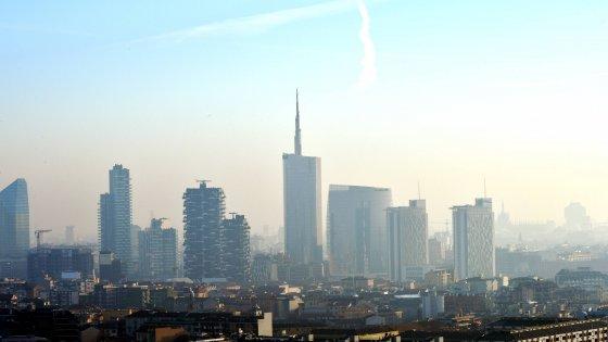 Milano: è mozione per l'emergenza climatica in città