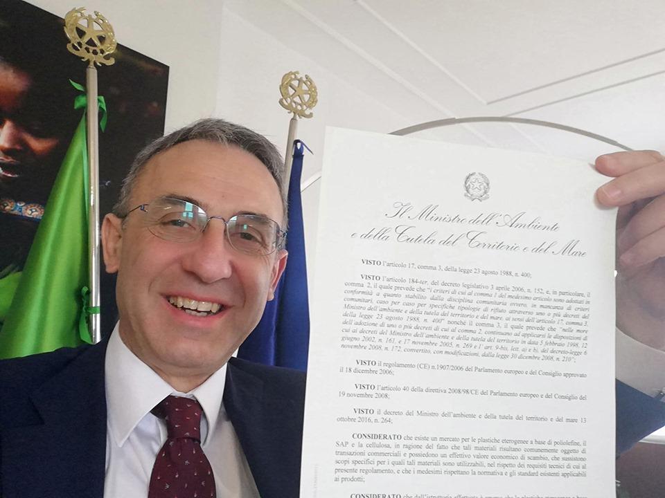 """Economia circolare, approvato il decreto """"end of waste"""" per i pannolini"""
