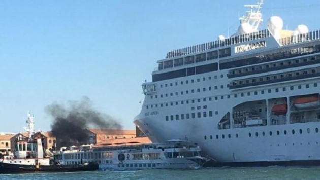 "Incidente Venezia: ""Stop grandi navi in laguna"""