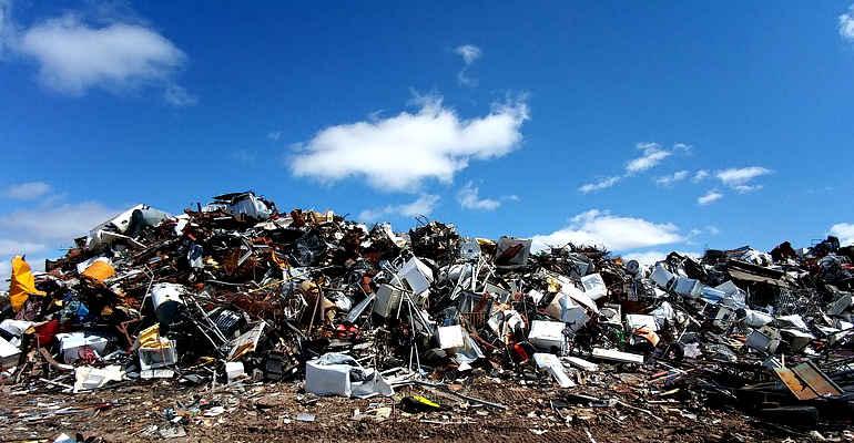 """Rifiuti a Roma, Legambiente: """"Costruire una nuova discarica a pochi metri da Malagrotta è sbagliato"""""""