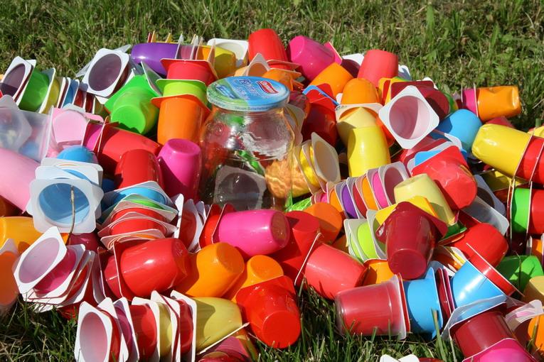 Plastic free, un mondo senza plastica per il bene del pianeta