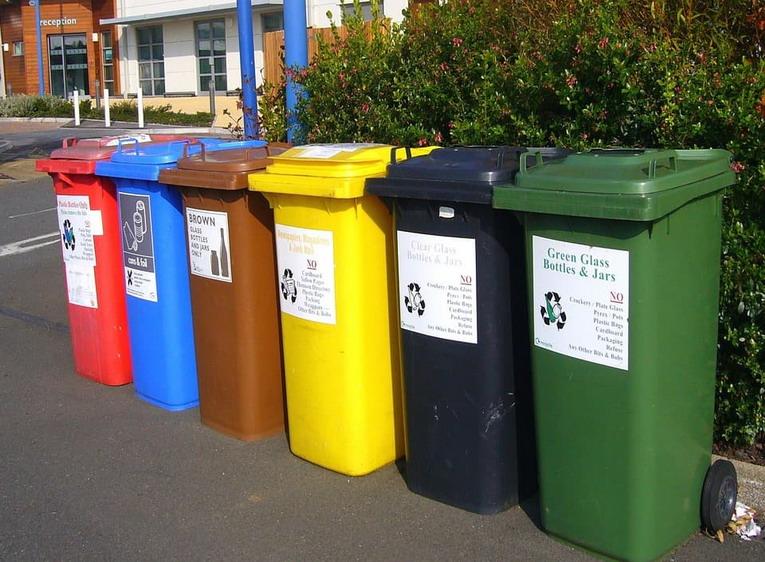 Raccolta differenziata: cosa va nel contenitore della plastica