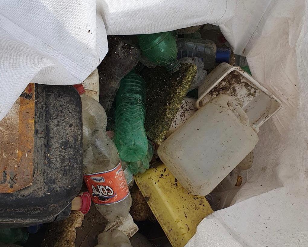 La barriera Acchiappa Plastica sul Tevere