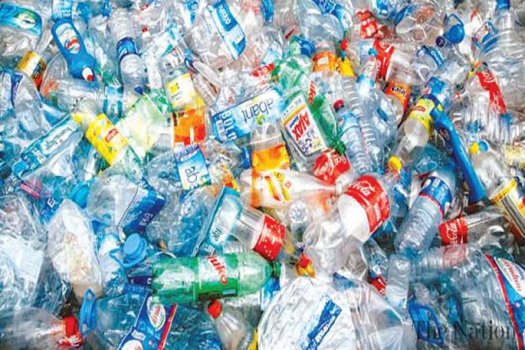 Plastica, cosa ci ricava dal suo riciclo