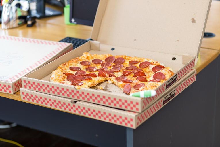 Cartone della pizza, come va differenziato