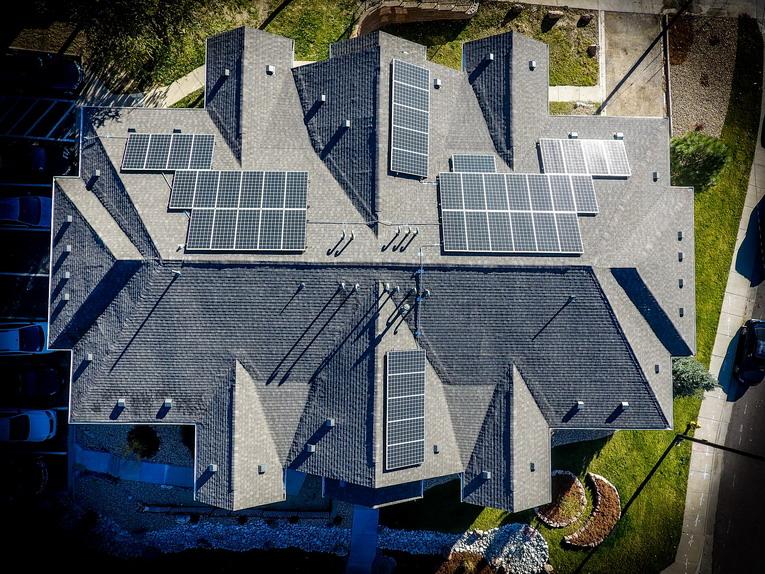 Pannelli solari, quanti ne servono per il fabbisogno casalingo