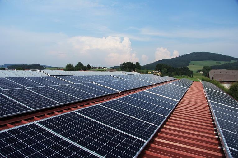 Pannelli solari, una grossa mano all'ambiente