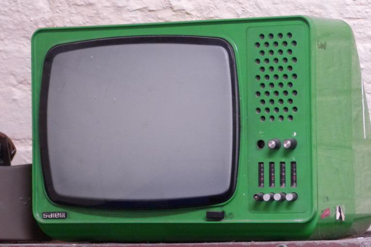 Televisore rotto, dove possiamo gettarlo?