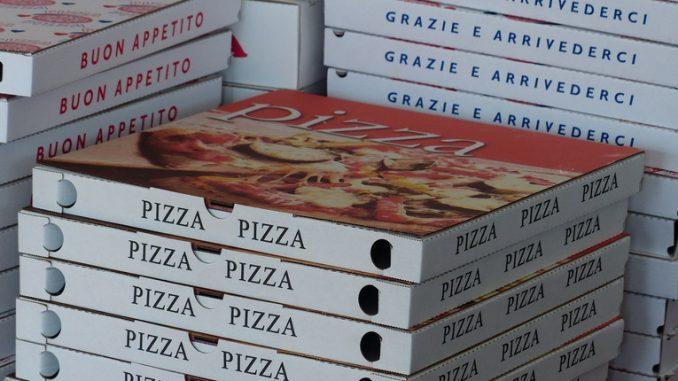 Cartoni di pizza