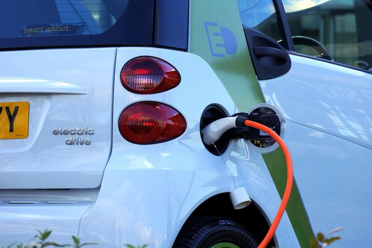 Mobilità elettrica, un futuro percorribile?