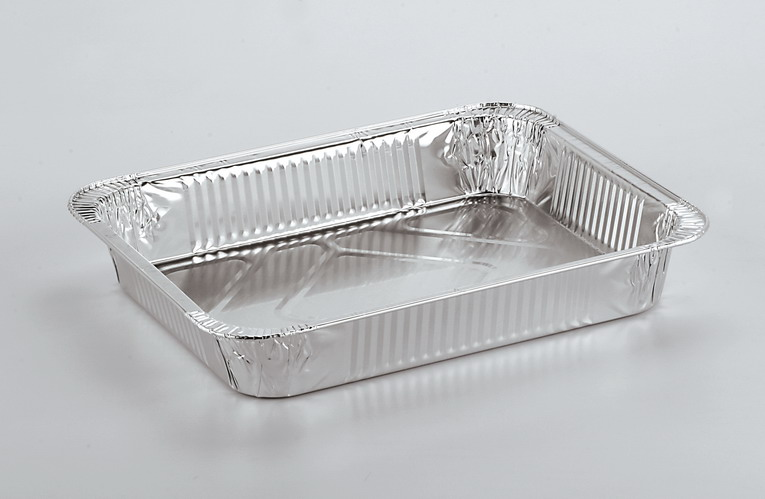 Vaschette e contenitori in alluminio, dove vanno gettati