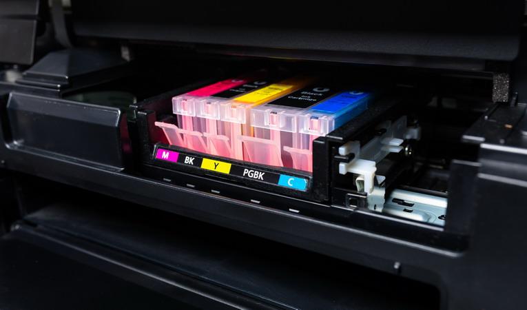 Cartucce stampanti a getto d'inchiosto, dove si buttano?